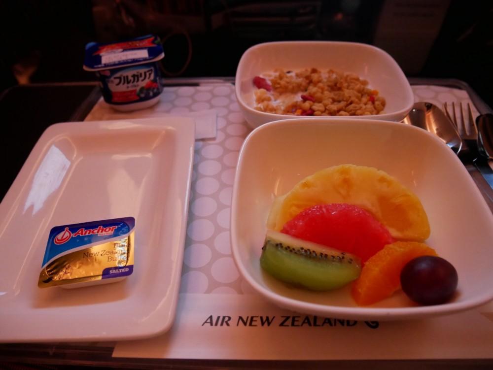 ニュージーランド航空プレミアムエコノミー 機内食(朝食)