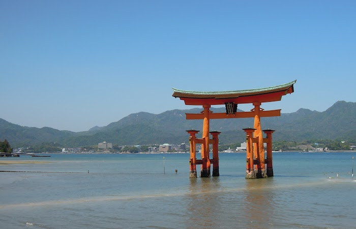厳島神社。毎日この景色が見えていた。