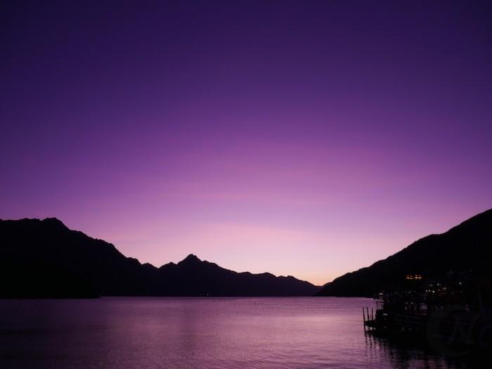 「夕焼けを幻想的に撮る」モードで撮影